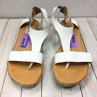 Primary Photo - BRAND: KORKS STYLE: SANDALS LOW COLOR: WHITE SIZE: 10 SKU: 205-205250-61497