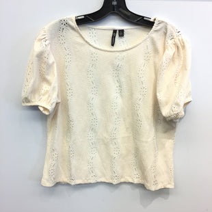 Primary Photo - BRAND: VERSONA STYLE: TOP SHORT SLEEVE COLOR: CREAM SIZE: L SKU: 205-205250-77681