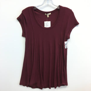 Primary Photo - BRAND: BORDEAUX STYLE: TOP SHORT SLEEVE COLOR: RED SIZE: M SKU: 205-205318-3884