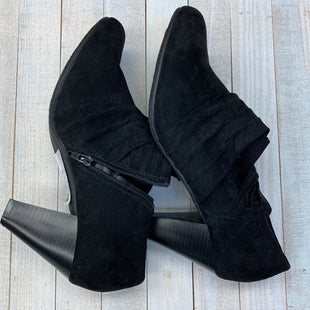Primary Photo - BRAND:    CLOTHES MENTOR STYLE: BOOTS ANKLE COLOR: BLACK SIZE: 12 OTHER INFO: ITS OK - SKU: 205-205250-47844