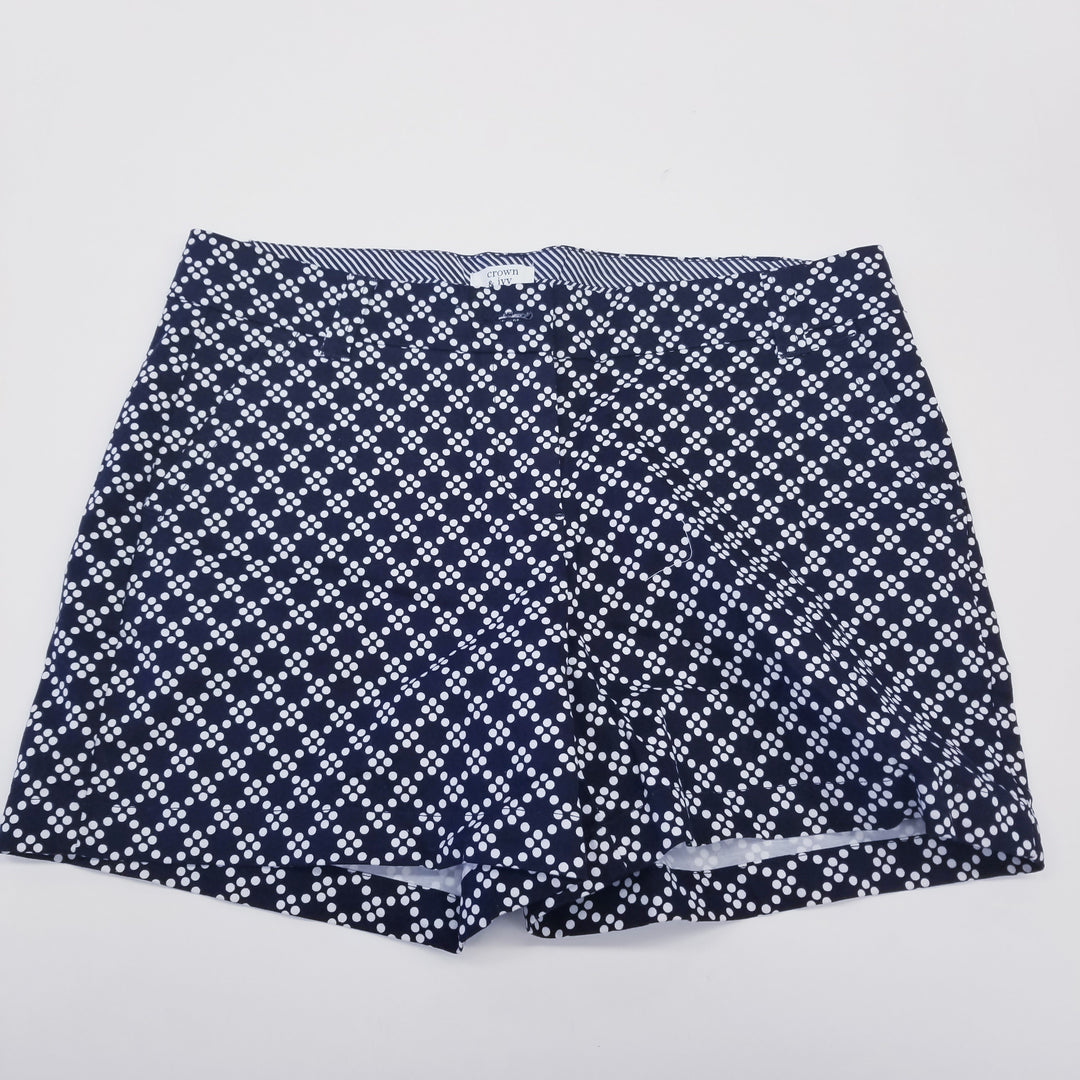 Primary Photo - BRAND: CROWN AND IVY<BR>STYLE: SHORTS<BR>COLOR: BLUE WHITE<BR>SIZE: 4<BR>SKU: 205-205250-59598