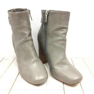 Primary Photo - BRAND: EXPRESS STYLE: BOOTS ANKLE COLOR: GREY SIZE: 7 SKU: 205-205250-60188