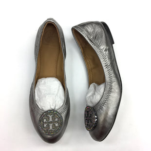 Primary Photo - BRAND: TORY BURCH STYLE: SHOES DESIGNER COLOR: SILVER SIZE: 6 SKU: 205-205318-2184