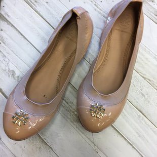 Primary Photo - BRAND: TORY BURCH STYLE: SHOES FLATS COLOR: TAN SIZE: 5.5 OTHER INFO: DESIGNER SKU: 205-205318-1414
