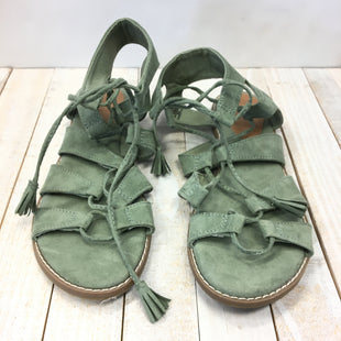 Primary Photo - BRAND: OLD NAVY STYLE: SANDALS FLAT COLOR: GREEN SIZE: 7 SKU: 205-205299-15927