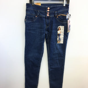 Primary Photo - BRAND:    CLOTHES MENTOR STYLE: JEANS COLOR: DENIM SIZE: 11 OTHER INFO: KALOWA - SKU: 205-205250-77432