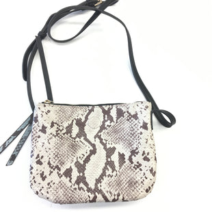 Primary Photo - BRAND:    CLOTHES MENTOR STYLE: HANDBAG COLOR: SNAKESKIN PRINT SIZE: SMALL SKU: 205-205250-63867