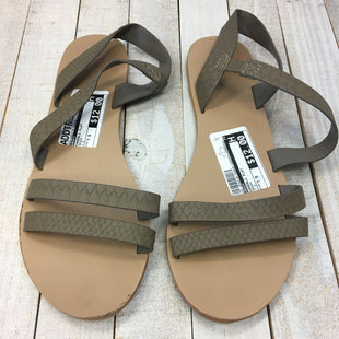 Primary Photo - BRAND: ROXY STYLE: SANDALS FLAT COLOR: BROWN SIZE: 7.5 SKU: 205-205318-439