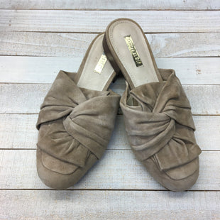 Primary Photo - BRAND:    CLOTHES MENTOR STYLE: SHOES FLATS COLOR: BROWN SIZE: 6 OTHER INFO: LOUISE ET CIE - SKU: 205-205318-3911