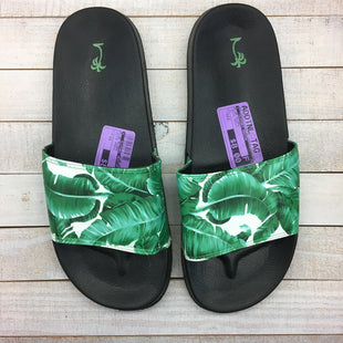 Primary Photo - BRAND:    CLOTHES MENTOR STYLE: FLIP FLOPS COLOR: WHITE GREEN SIZE: 11 SKU: 205-205250-61107
