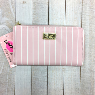 Primary Photo - BRAND: BETSEY JOHNSON STYLE: WALLET COLOR: PINK SIZE: MEDIUM SKU: 205-205299-16985