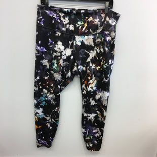 Primary Photo - BRAND: NIKE STYLE: ATHLETIC PANTS COLOR: FLORAL SIZE: 1X SKU: 205-205250-78411