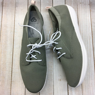 Primary Photo - BRAND: CLARKS STYLE: SHOES ATHLETIC COLOR: GREEN SIZE: 11SKU: 205-205318-3645