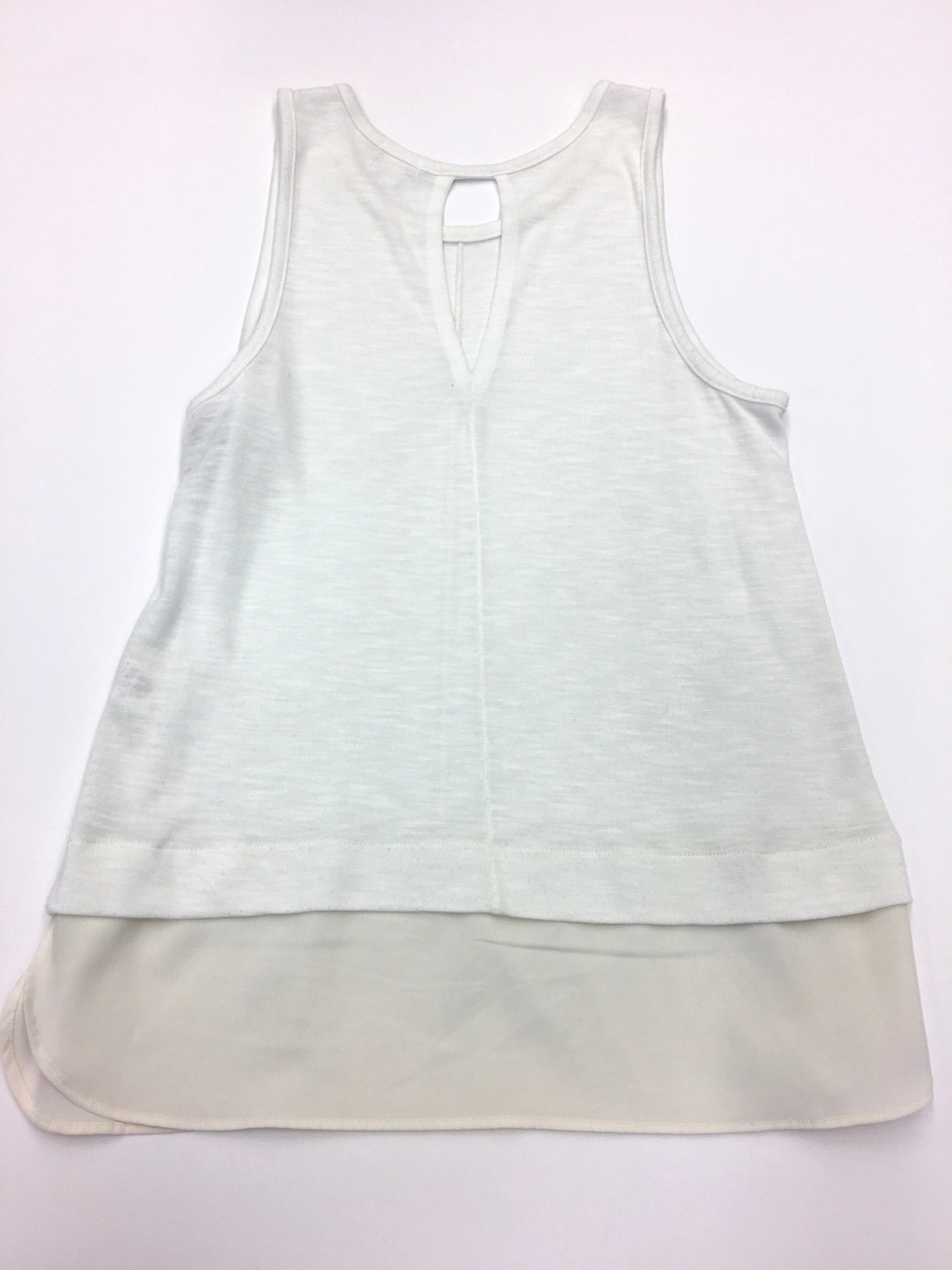 Photo #1 - BRAND: J CREW<BR>STYLE: TOP SLEEVELESS<BR>COLOR: WHITE<BR>SIZE: S<BR>SKU: 205-205299-7587