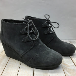 Primary Photo - BRAND: TOMS STYLE: BOOTS ANKLE COLOR: GREY SIZE: 9 SKU: 205-205250-75291