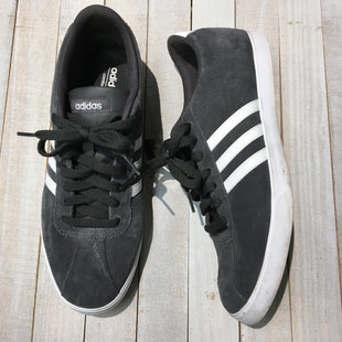 Primary Photo - BRAND: ADIDAS STYLE: SHOES ATHLETIC COLOR: GREY WHITE SIZE: 11 SKU: 205-205250-70241