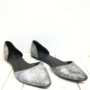 Primary Photo - BRAND: EXPRESS STYLE: SHOES FLATS COLOR: SILVER SIZE: 6 SKU: 205-205250-56335