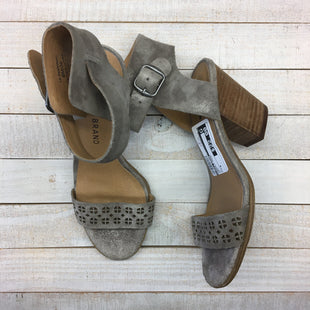 Primary Photo - BRAND: LUCKY BRAND STYLE: SANDALS HIGH COLOR: GREY SIZE: 6 SKU: 205-205318-404