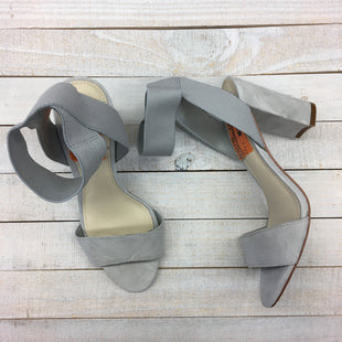 Primary Photo - BRAND: VINCE CAMUTO STYLE: SANDALS HIGH COLOR: GREY SIZE: 5.5 SKU: 205-205250-75990