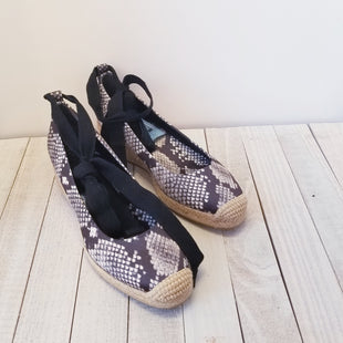 Primary Photo - BRAND: TORY BURCHSTYLE: SHOES DESIGNERCOLOR: SNAKESKIN PRINTSIZE: 7.5OTHER INFO: DESIGNERSKU: 205-205250-54257