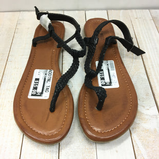 Primary Photo - BRAND: NINE WEST STYLE: SANDALS FLAT COLOR: BLACK SIZE: 8.5 SKU: 205-205318-713