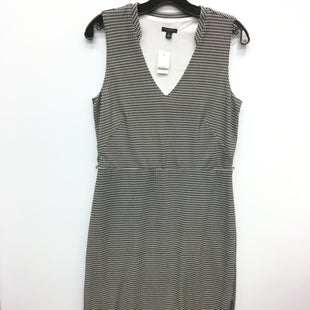 Primary Photo - BRAND: ANN TAYLOR STYLE: DRESS SHORT SLEEVELESS COLOR: WHITE BLACK SIZE: M SKU: 205-205299-16279
