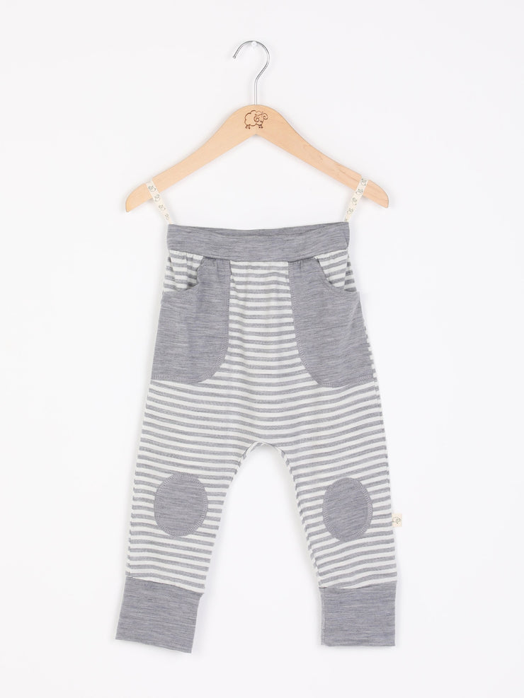 mokopuna slouch trackpants in merino, with elastic waistband, pockets and knee pads in size 4_cloudy bay stripe mist