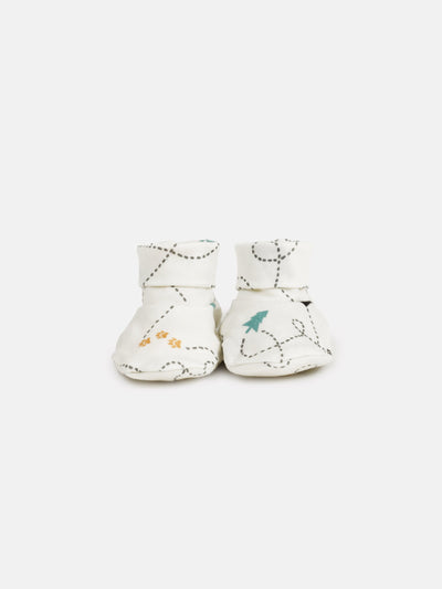 mokopuna newborn booties in merino with foldable cuffs in size OSFA_wandering paws