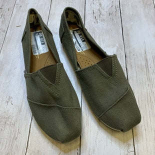 Primary Photo - BRAND: TOMS STYLE: SHOES FLATS COLOR: OLIVE SIZE: 7.5 SKU: 176-176122-20692
