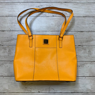 Primary Photo - BRAND: DOONEY AND BOURKE STYLE: HANDBAG DESIGNER COLOR: ORANGE SIZE: MEDIUM SKU: 176-176124-23311