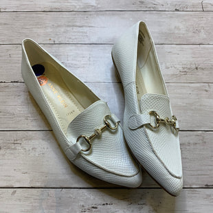 Primary Photo - BRAND: ANNE KLEIN STYLE: SHOES FLATS COLOR: WHITE SIZE: 8.5 SKU: 176-176143-1379