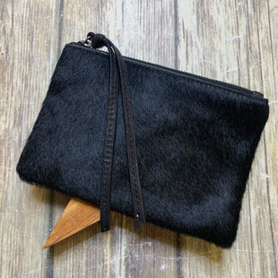 Primary Photo - BRAND: ALL SAINTS STYLE: WRISTLET COLOR: BLACK SKU: 176-176150-11