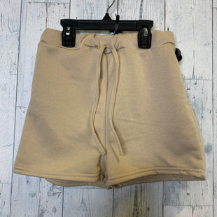 Primary Photo - BRAND: BOOHOO BOUTIQUE STYLE: SHORTS COLOR: CREAM SIZE: 2 SKU: 176-176114-34365