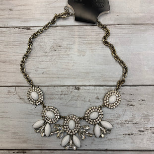 Primary Photo - BRAND: J CREW STYLE: NECKLACE COLOR: WHITE SKU: 176-17641-39679