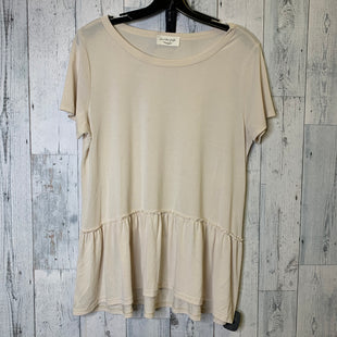 Primary Photo - BRAND: LAVENDER FIELD STYLE: TOP SHORT SLEEVE COLOR: CREAM SIZE: L SKU: 176-176114-36826