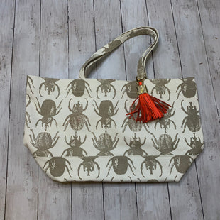 Primary Photo - BRAND:  CMB STYLE: TOTE COLOR: CREAM SIZE: MEDIUM OTHER INFO: INDIA HICKS - SKU: 176-176122-17224