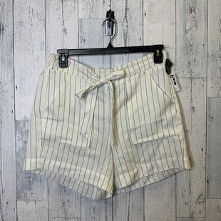 Primary Photo - BRAND: DIP STYLE: SHORTS COLOR: WHITE SIZE: L SKU: 176-176150-5287