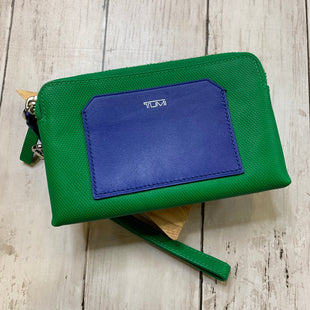 Primary Photo - BRAND: TUMI STYLE: WRISTLET COLOR: GREEN SKU: 176-17684-45852