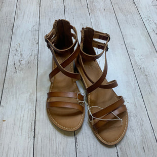 Primary Photo - BRAND: UNIVERSAL THREAD STYLE: SANDALS FLAT COLOR: BROWN SIZE: 7 SKU: 176-176150-5068