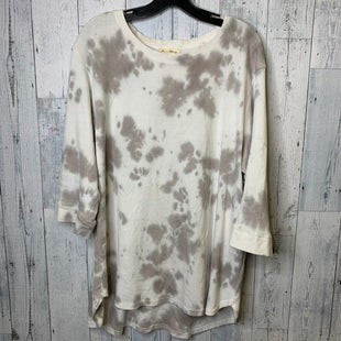 Primary Photo - BRAND:    CLOTHES MENTOR STYLE: TOP LONG SLEEVE COLOR: CREAM SIZE: 2X OTHER INFO: LOVE AND DELANCEY - SKU: 176-17684-45885