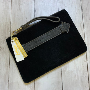 Primary Photo - BRAND: AIMEE KESTENBERG STYLE: WRISTLET COLOR: BLACK SKU: 176-176124-21400