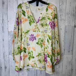 Primary Photo - BRAND:   CMC STYLE: TOP LONG SLEEVE COLOR: CREAM SIZE: S OTHER INFO: SHOW ME YOUR MUMU - SKU: 176-176121-25730