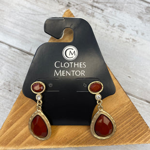 Primary Photo - BRAND:    CLOTHES MENTOR STYLE: EARRINGS COLOR: BURGUNDY SKU: 176-176114-37992