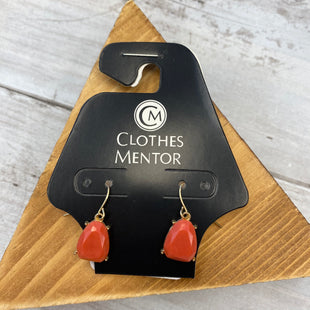 Primary Photo - BRAND:    CLOTHES MENTOR STYLE: EARRINGS COLOR: CORAL SKU: 176-176121-25389