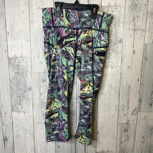 Primary Photo - BRAND: LULULEMON STYLE: ATHLETIC CAPRIS COLOR: MULTI SIZE: 4 SKU: 176-176121-25820
