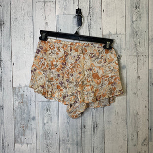 Primary Photo - BRAND:    SALTWATER LUXE STYLE: SHORTS COLOR: CREAM SIZE: M OTHER INFO: SALTWATER LUXE - SKU: 176-17684-47844