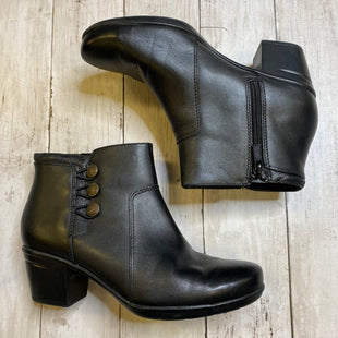 Primary Photo - BRAND: CLARKS STYLE: BOOTS ANKLE COLOR: BLACK SIZE: 7 SKU: 176-176114-34456