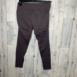 Primary Photo - BRAND: FABLETICS STYLE: ATHLETIC PANTS COLOR: PURPLE SIZE: M SKU: 176-176121-25458