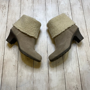 Primary Photo - BRAND: ANNE KLEIN STYLE: BOOTS ANKLE COLOR: TAUPE SIZE: 10 SKU: 176-17684-45872