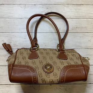 Primary Photo - BRAND: DOONEY AND BOURKE STYLE: HANDBAG DESIGNER COLOR: CREAM SIZE: MEDIUM SKU: 176-17684-47547